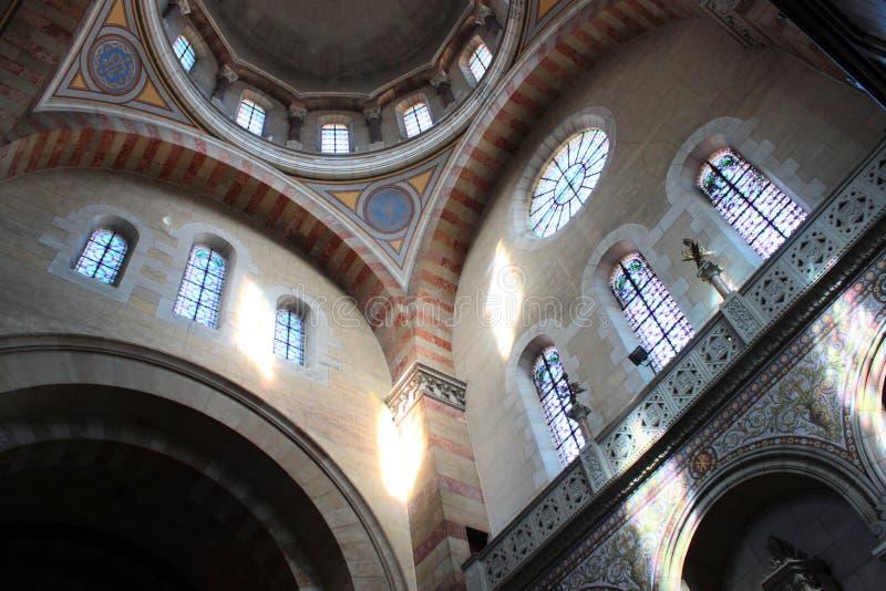 Intern kyrka royaltyfri bild