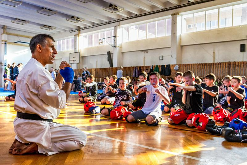 Internationaal Autumn Seminar op Shidokan-Karate in Uzhgorod stock afbeelding