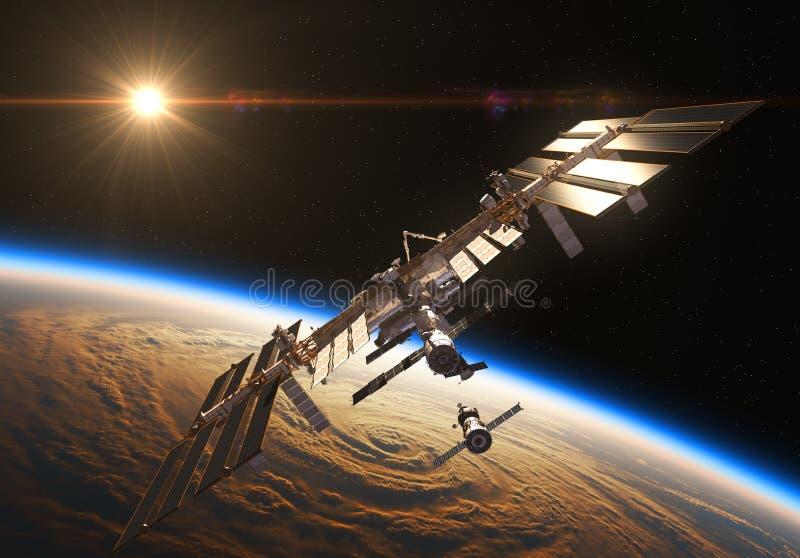 Internationaal Ruimtestation en Ruimtevaartuig op de Achtergrond van het Toenemen Zon royalty-vrije illustratie