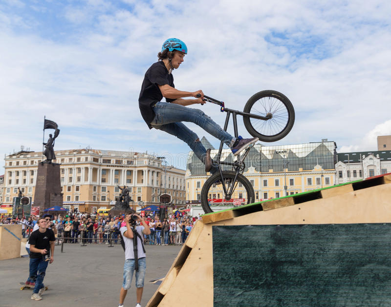 Download International Festival Sport Around Pacific Open. Editorial Stock Image - Image of freeride, bicycle: 34972754