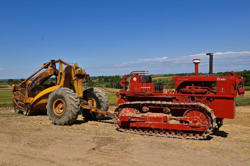 Antique International 8-16 Tractor Editorial Image - Image