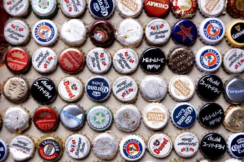 Internationale Bierkappen royalty-vrije stock foto's