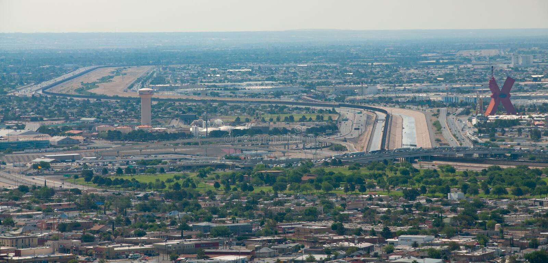 Internationale grens in El Paso stock foto's