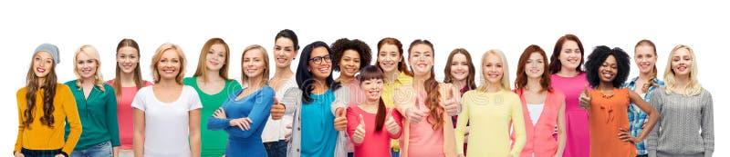 Internationale groep gelukkige glimlachende mensen stock fotografie