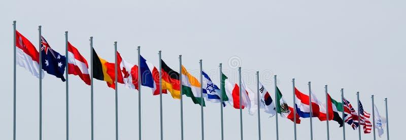 Internationale Markierungsfahnen stockbild
