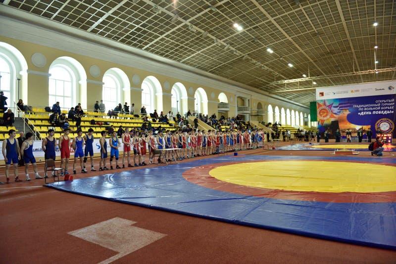 Internationale vrij slag het worstelen toernooien Victory Day in St. Petersburg, Rusland stock afbeeldingen