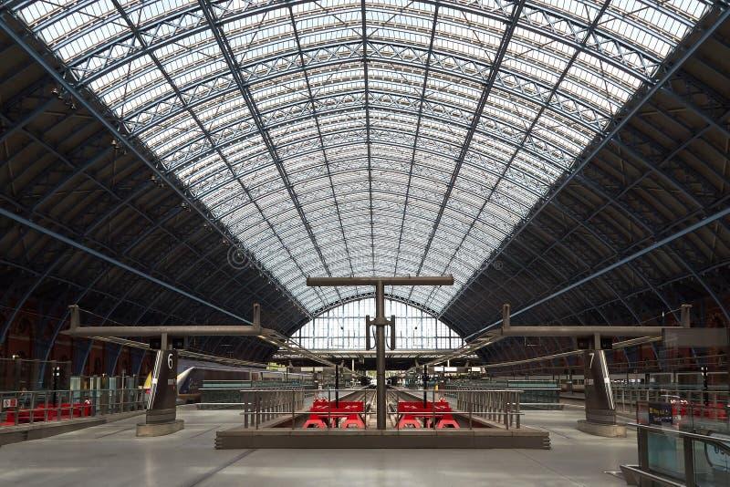 Internationaler Bahnhof Londons St Pancras lizenzfreies stockfoto
