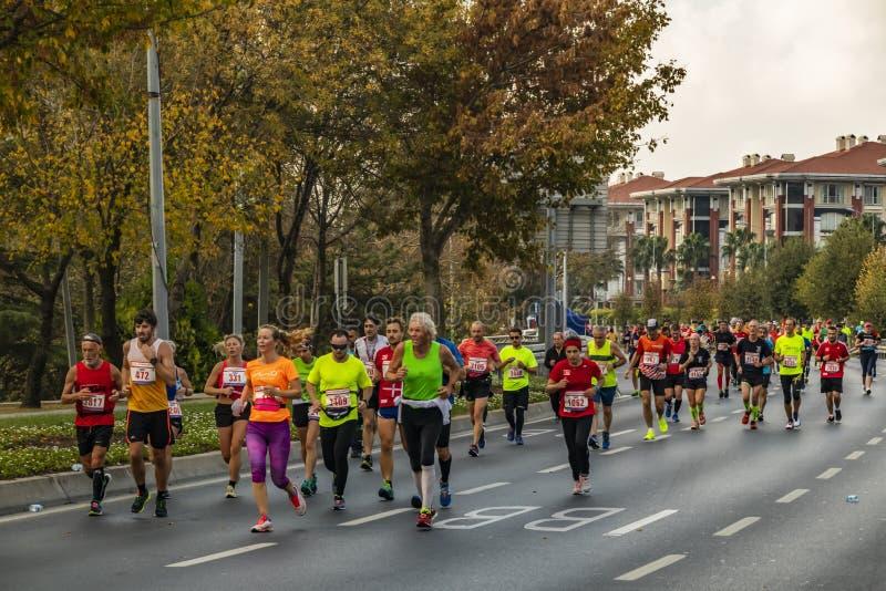 40. internationaler Istanbul-Marathon und -athleten stockbilder