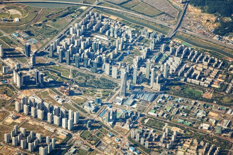 Internationales Geschäftsgebiet Songdo vom Himmel lizenzfreie stockfotos