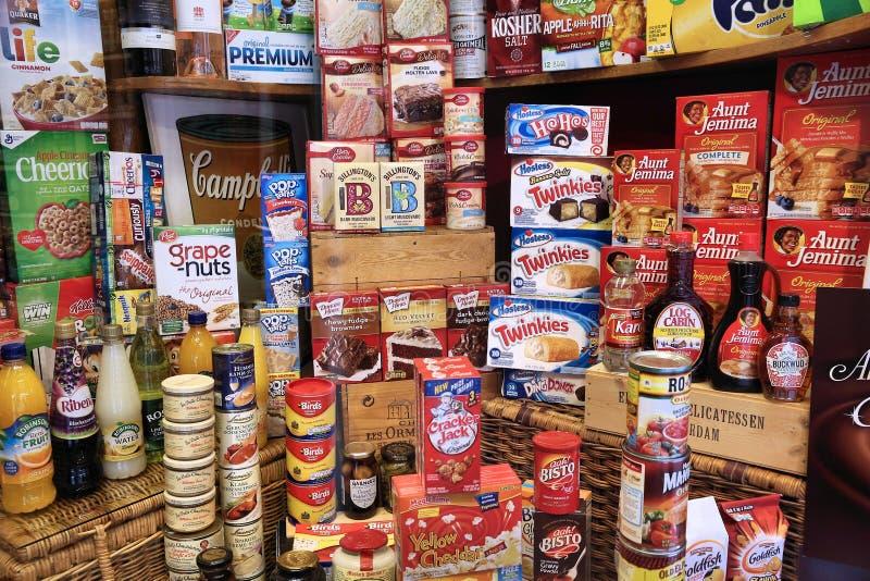Internationell livsmedelsbutik arkivbild