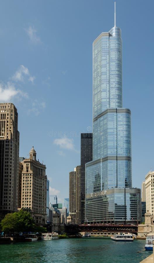 Internationellt hotell för trumf & torn, Chicago fotografering för bildbyråer