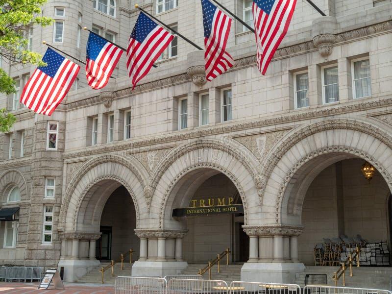 Internationellt hotell Washington, D för trumf C på den gamla stolpen Offic arkivfoto