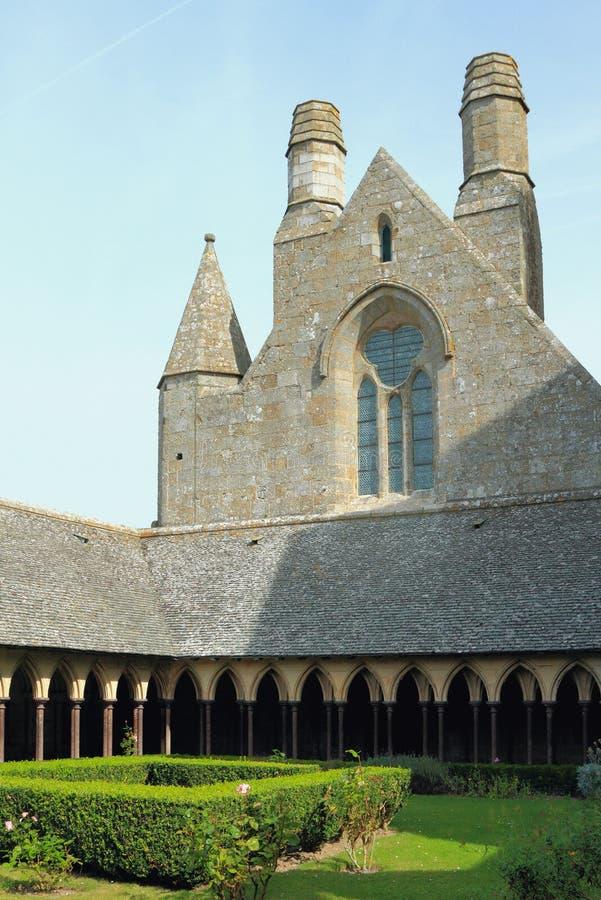 Interne hofwerf van klooster San Michel, Frankrijk royalty-vrije stock foto