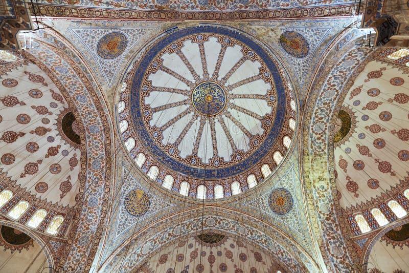 Interne mening van Blauwe Moskee, Sultanahme royalty-vrije stock foto