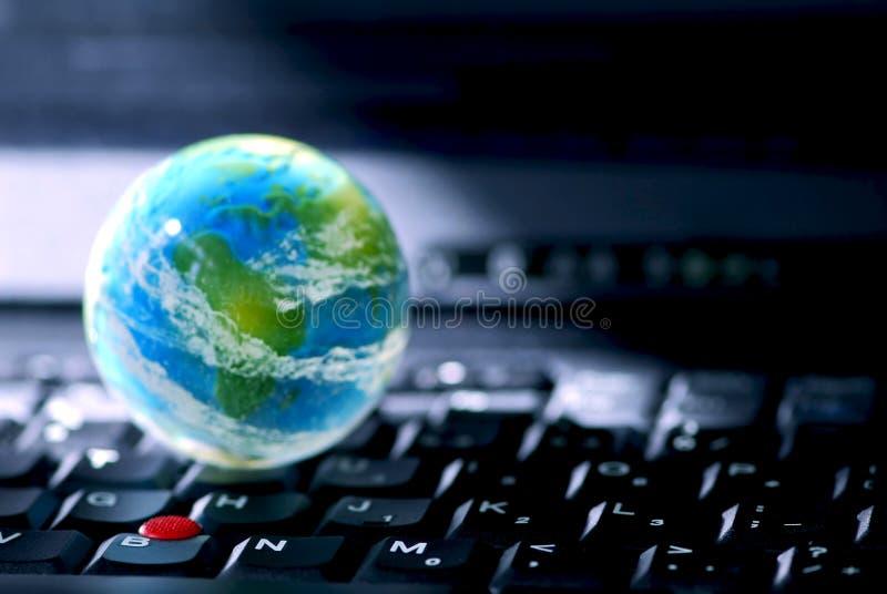 internet för affärsdator royaltyfria bilder