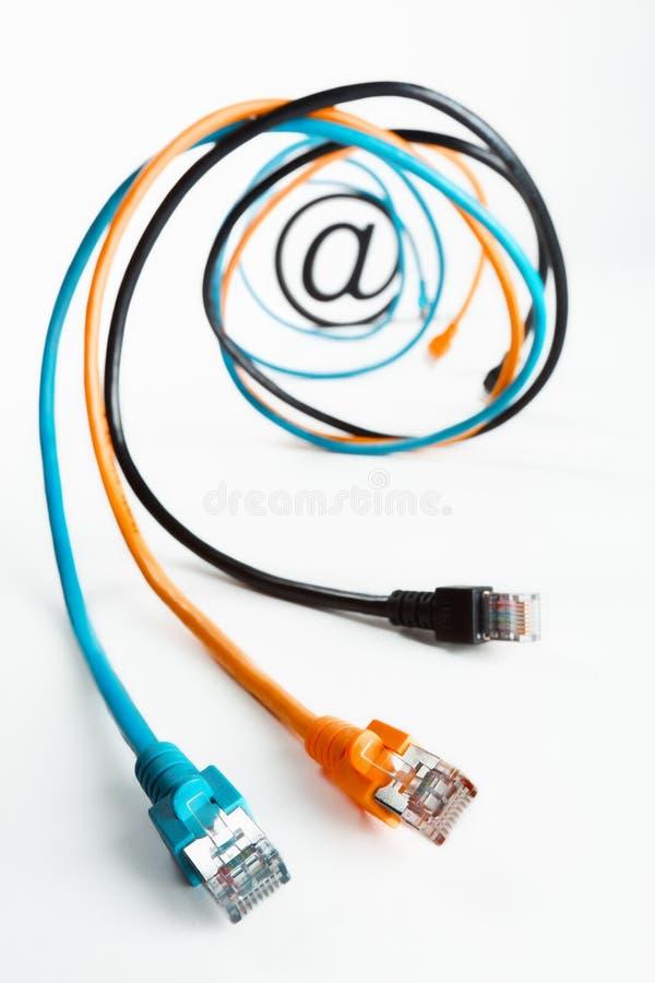 In am Internet kabelt Spirale. lizenzfreies stockbild