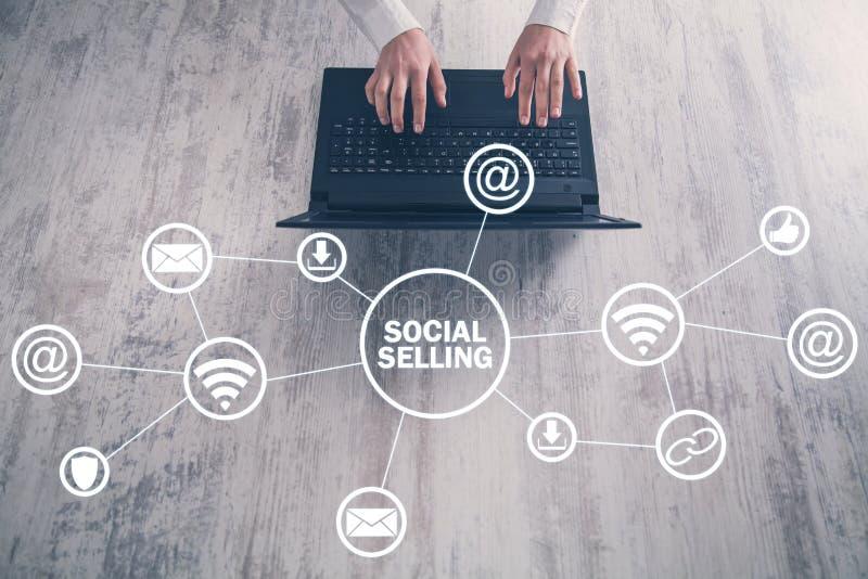 Internet, mededeling, technologie Concept het sociale verkopen stock foto's