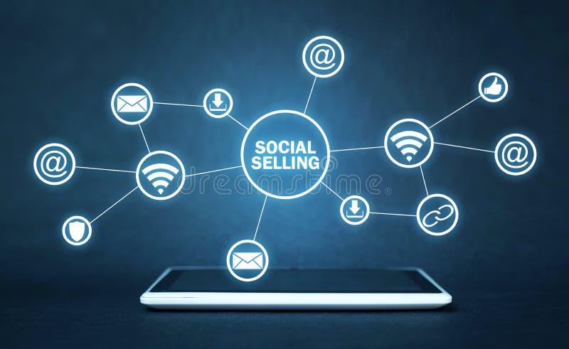 Internet, mededeling, technologie Concept het sociale verkopen royalty-vrije stock fotografie