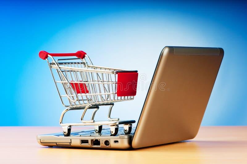 Internet-Onlineeinkaufenkonzept lizenzfreie stockfotos