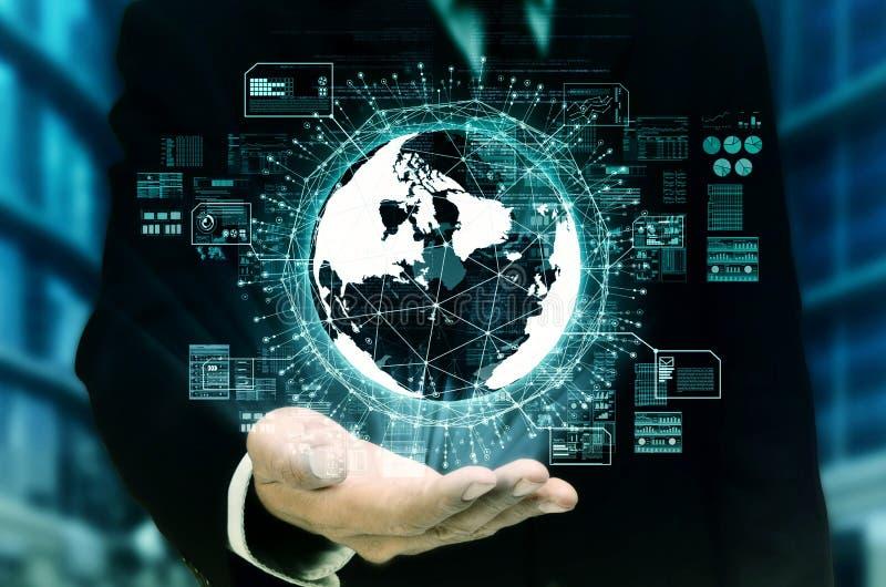 Internet y concepto grande de la tecnología de los datos imagenes de archivo