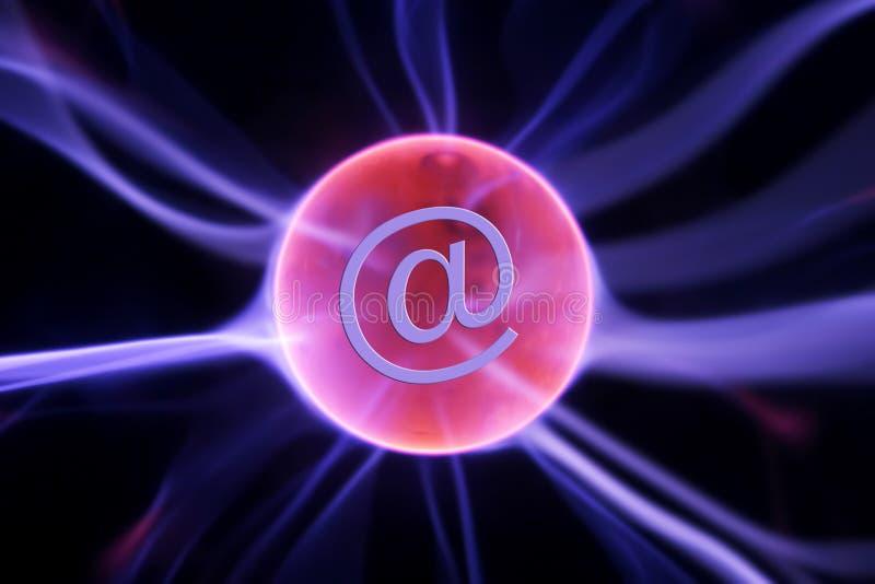 Internetowe komunikacje ilustracji