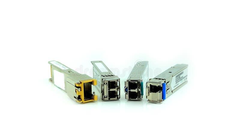 InternetSFP enhet för nätverksströmbrytaren som isoleras på den vita backgroen royaltyfria bilder