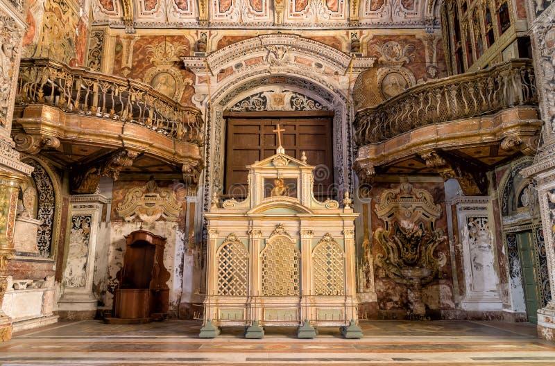Interni, affreschi e dettagli architettonici della chiesa di Santa Caterina a Palermo, Italia fotografie stock