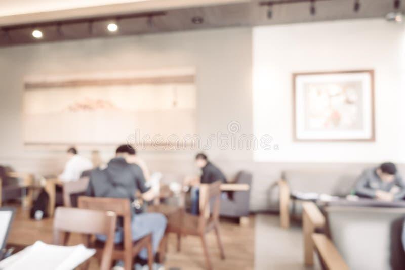 Interno astratto della caffetteria e del ristorante della sfuocatura immagine stock libera da diritti