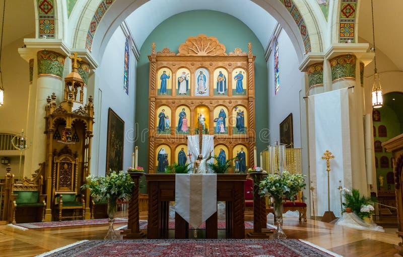 Interno, basilica della cattedrale dello St Francis di Assisi immagini stock