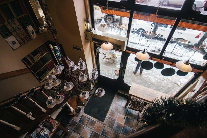 Interno classico del ristorante di Uzhgorod immagini stock libere da diritti