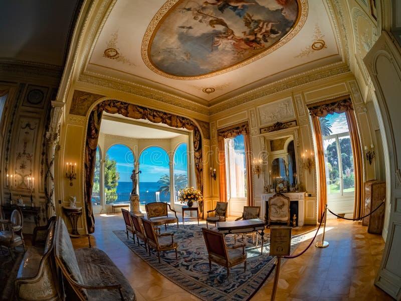 Interno de Casa de campo Ephrussi de Rothschild em França fotografia de stock