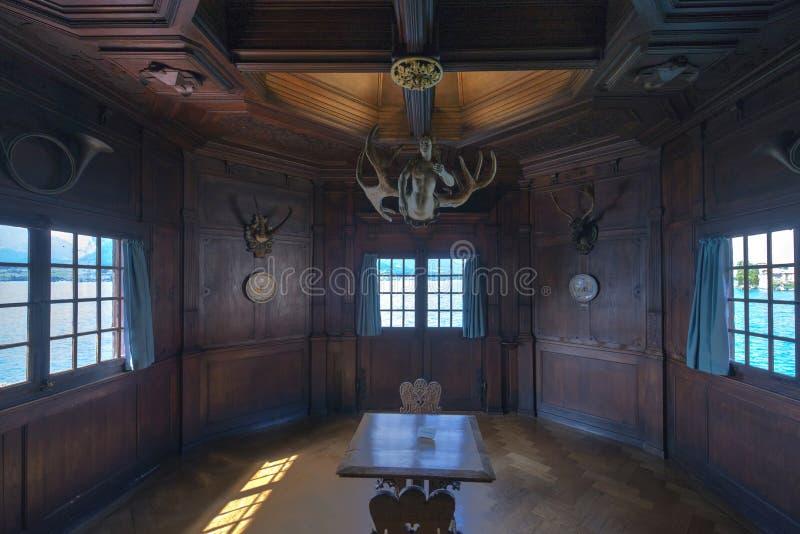 Interno del castello di Oberhofen, Svizzera immagini stock