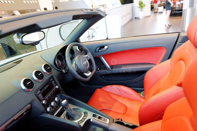 Interno del Roadster di Audi TT al centro Singapore di Audi fotografie stock libere da diritti