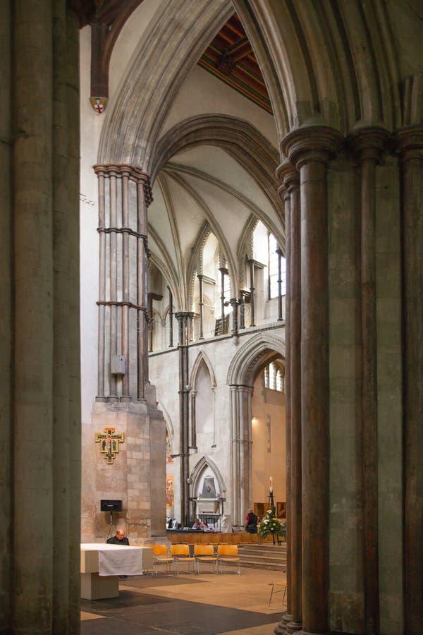 Interno del XII secolo del castello di Rochester Castello e rovine delle fortificazioni Risonanza, Inghilterra sudorientale fotografia stock