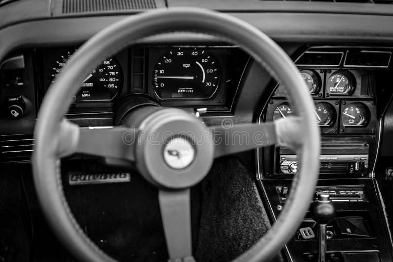 Interno dell'automobile sportiva Chevrolet Corvette C3, 1982 fotografia stock libera da diritti
