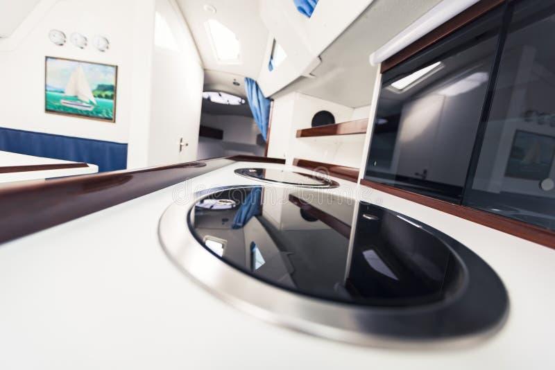 Interno dell'yacht immagini stock