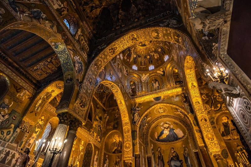 Interno della cappella del palatino di Palermo, Sicilia, Italia fotografia stock libera da diritti