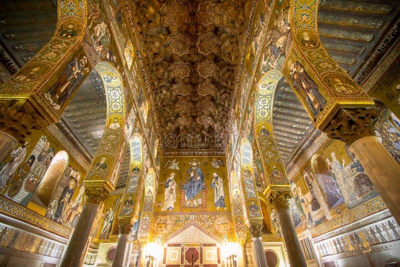 Interno della cappella del palatino, Palermo, Italia fotografia stock libera da diritti