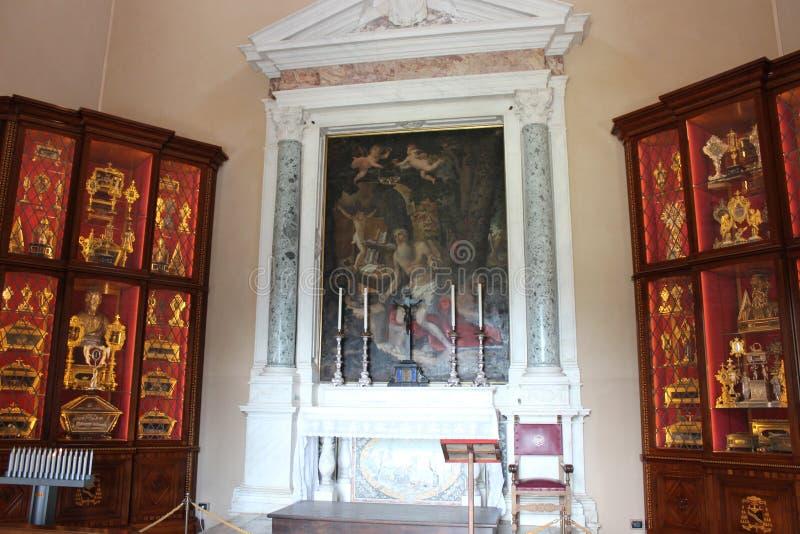 Pisa, Interiore Della Cattedrale Fotografia Stock ...