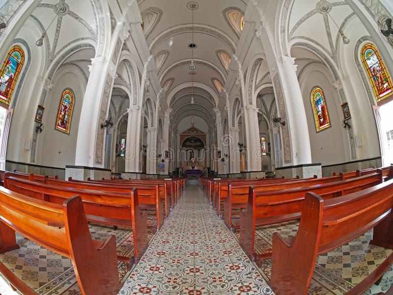 Interno della chiesa fotografie stock