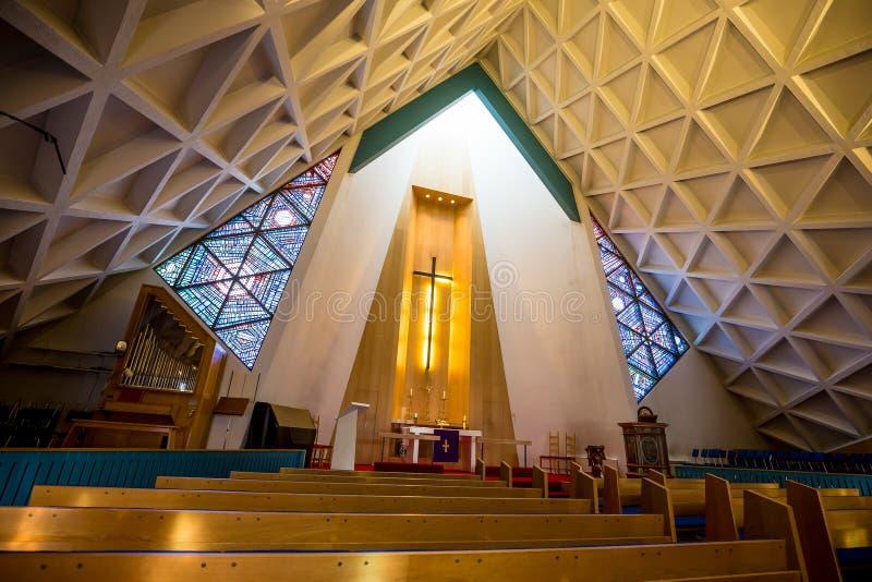 Interno della chiesa della chiesa di Olafsvik immagini stock