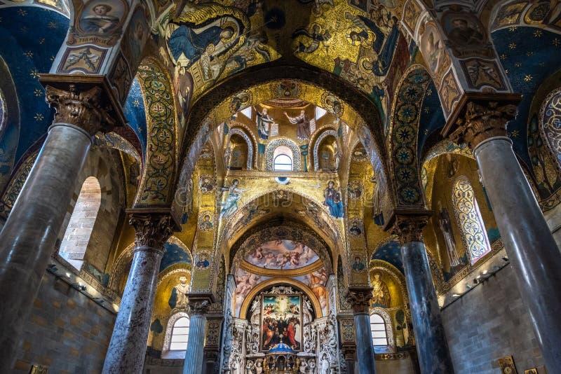 Interno della chiesa di Martorana della La a Palermo, Sicilia, Italia immagini stock libere da diritti