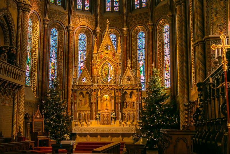 Interno della chiesa di Matthias, una delle chiese più belle di Budapest, e delle chiese più uniche d'Europa Situato sulla Buda immagini stock