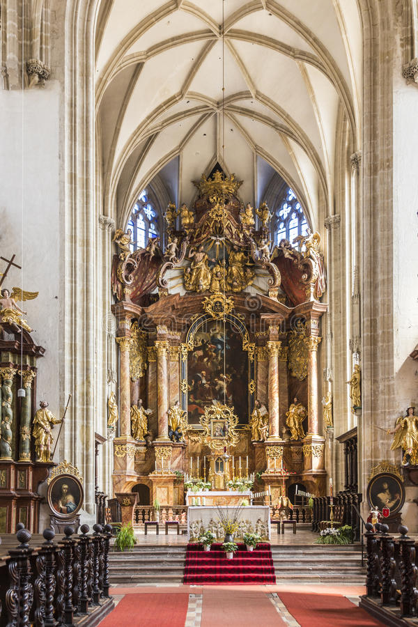 Interno della chiesa di Piarist in Krems fotografia stock