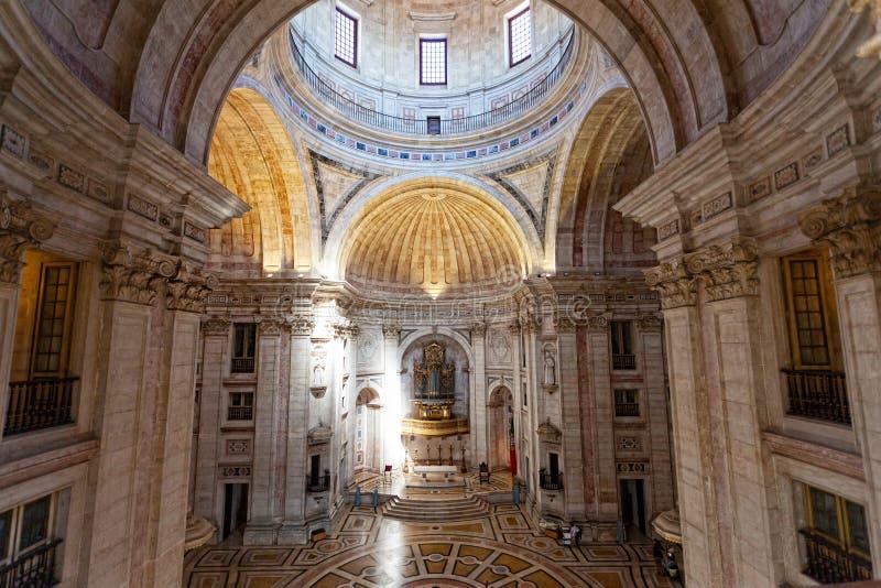 Interno della chiesa di Santa Engracia (panteon) immagine stock
