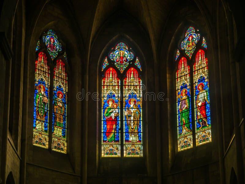 Interno della chiesa di StTrophime, Arles, Francia immagini stock libere da diritti