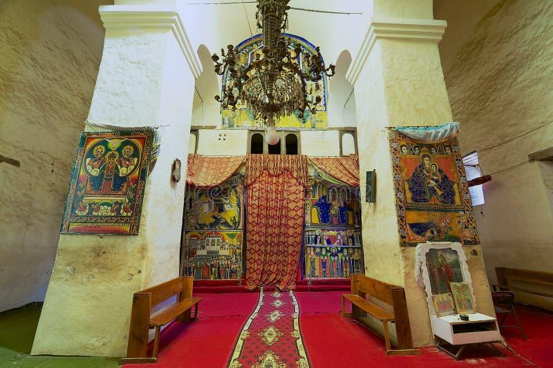 Interno della chiesa della nostra signora Mary di Zion, il posto più sacro per tutto il Ethiopians ortodosso in Aksum, Etiopia fotografie stock libere da diritti