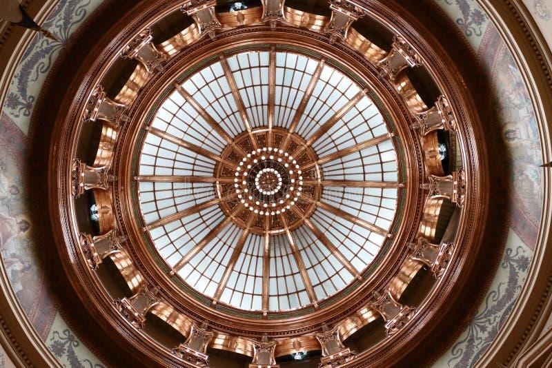 Interno della cupola 2015 del Campidoglio dello stato di Kansas immagini stock libere da diritti