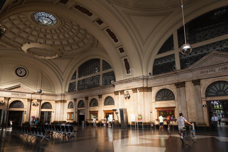 Interno della stazione della Francia, Barcellona, Spagna fotografia stock libera da diritti