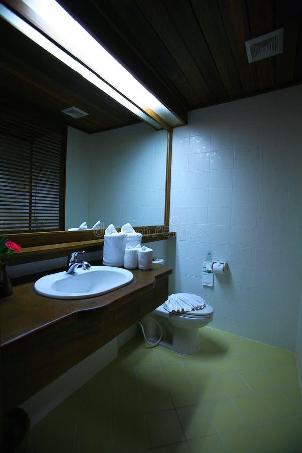 Interno della toilette, wc, toilette, bagno, lavabo, toilette fotografia stock libera da diritti